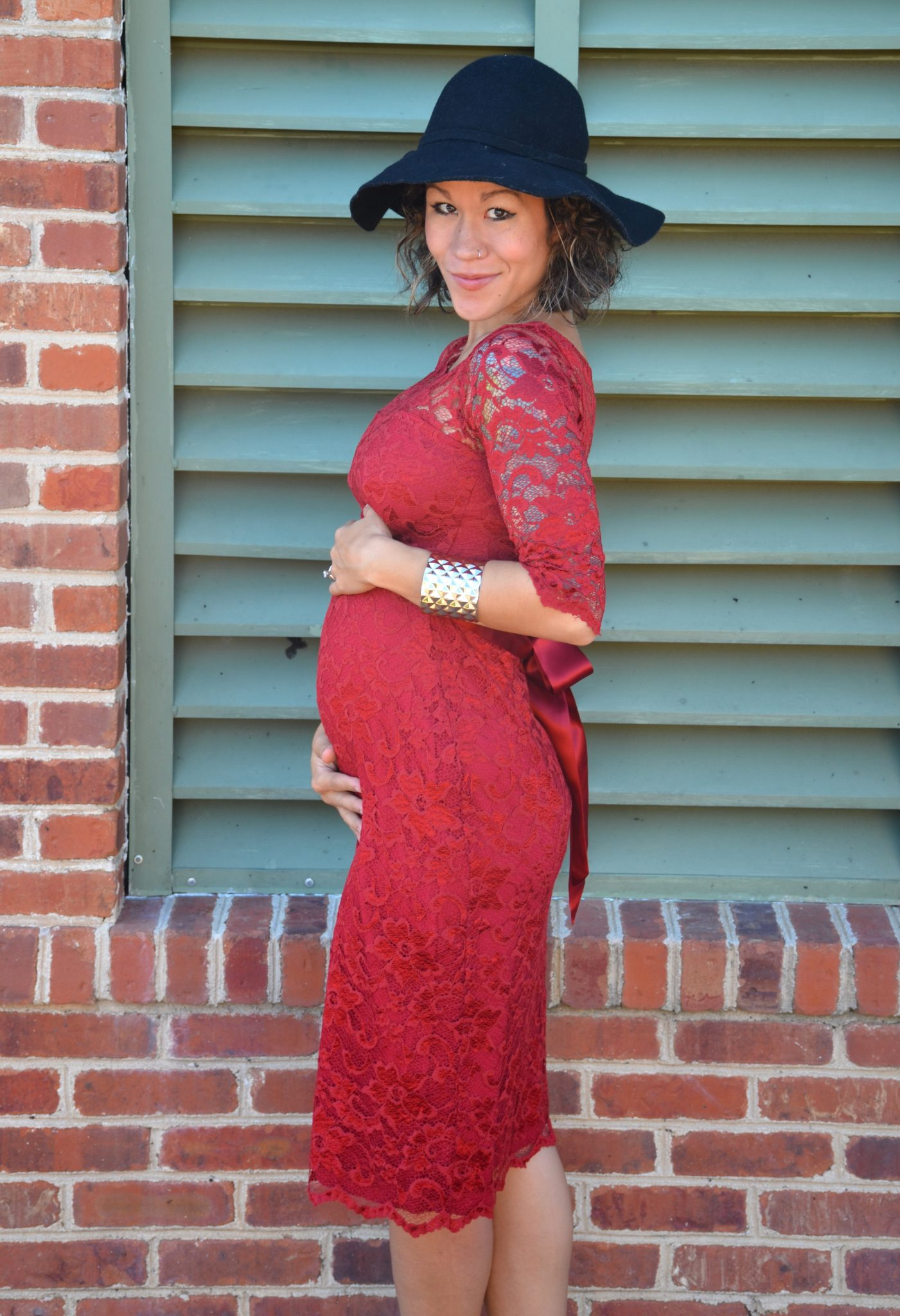 Diary of a fit mommystylish bump tiffany rose maternity dress the dress is called the amelia maternity dress and its the short version yup there is also a long version too the color is called mellow rouge and it ombrellifo Choice Image